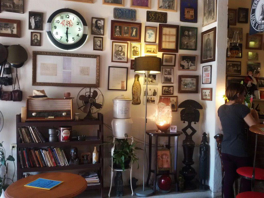 Inside the Café Museo Revolucion