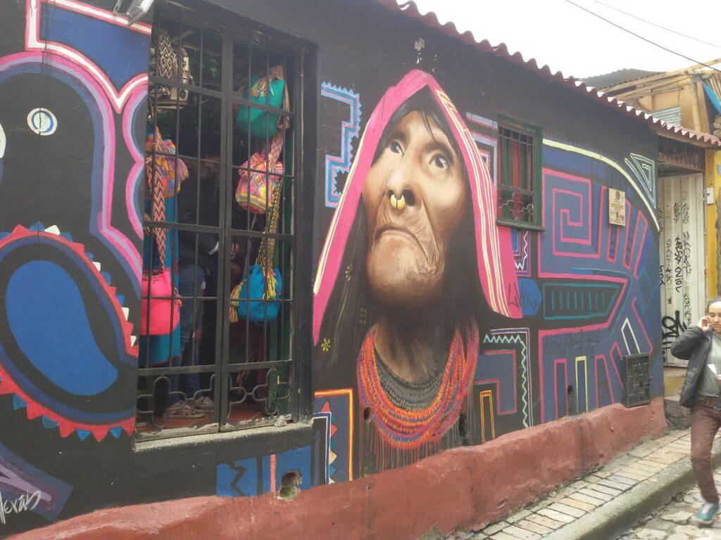 bye:myself - Renata Green - byemyselftravels: Guide to Bogota. Mural Graffiti Streetart Carlos Trilleras