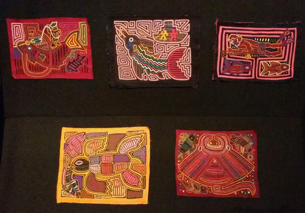 bye:myself - Renata Green - byemyselftravels: Guide to Bogota. Goldmuseum Bogota - Molas