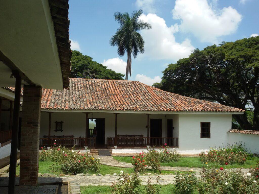 Patio of Hacienda El Paraíso - including María's Roses.