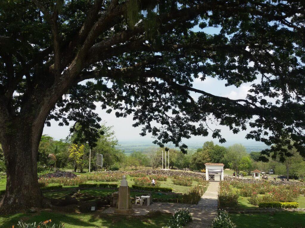 Romantic scenery for Jorge Isaacs' novel María at hacienda El Paraíso.  Cali - on a Day Trip to Haciendas of the Valle del Cauca