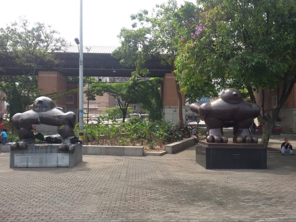 Guided tour through Medellín-  Fernando Botero's El Pajaro and El Pajaro de la Paz. Gateway for a Day Trip to Guatapé