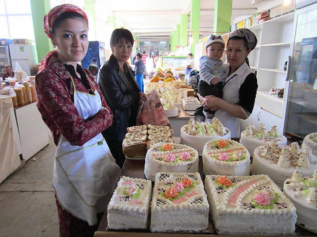 cake sellers in Turkmenistan