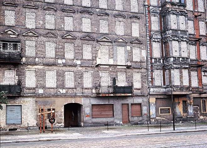 Bernauer Straße 48 where Ida Siekmann jumped off the fourth floor