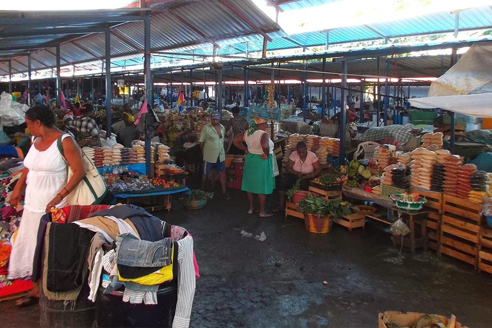 The Mercado de Sucupira in Praia on the Island of Santiago