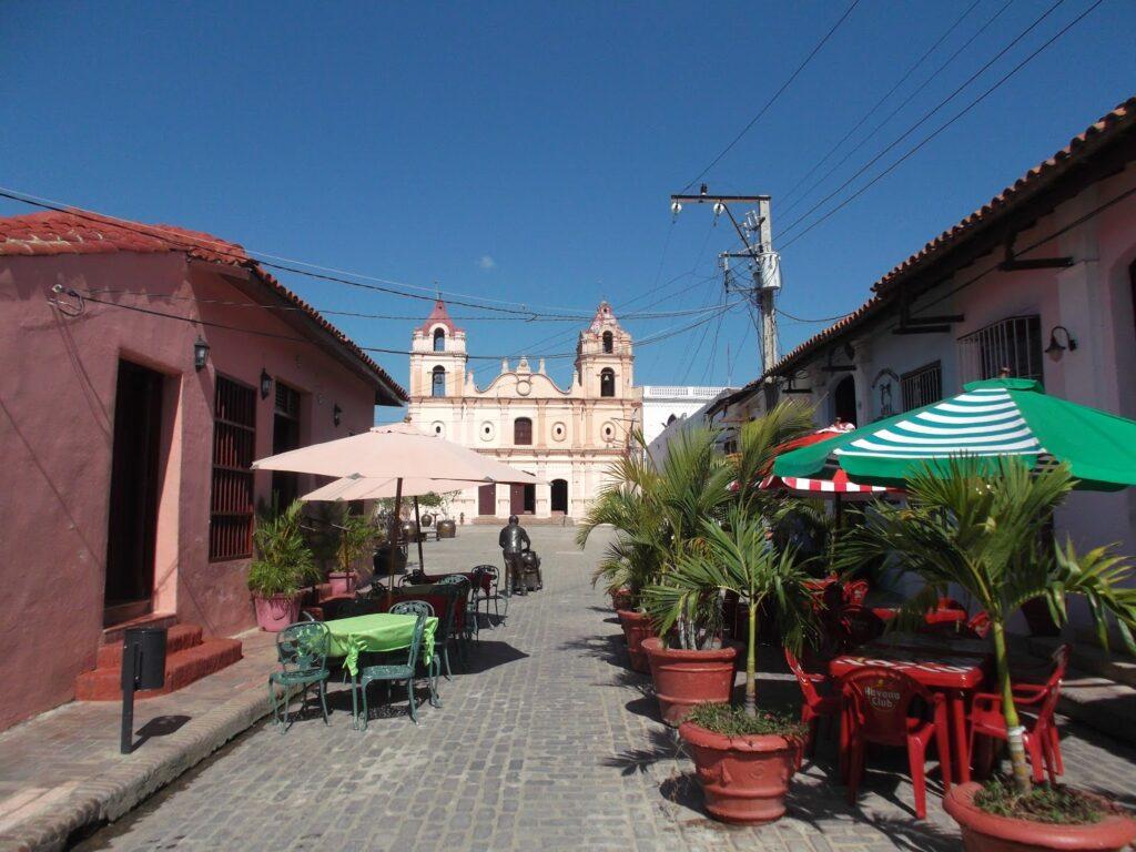 bye:myself - Renata Green - byemyselftravels: Cuba Camagüey