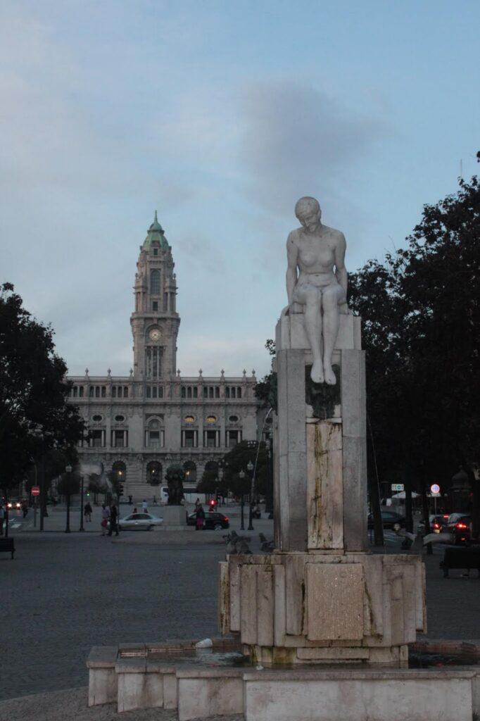 The Menina Nua, the Naked Girl, in Porto