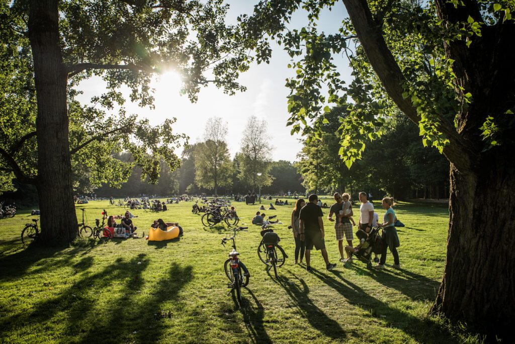 Vondelpark to be visited during 24 hours in Amsterdam
