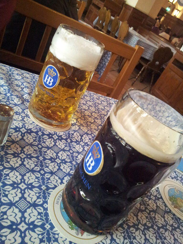 Beer at the Hofbräuhaus in München, Munich
