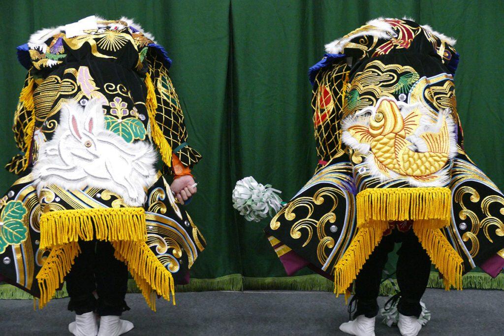 Kagura cloaks