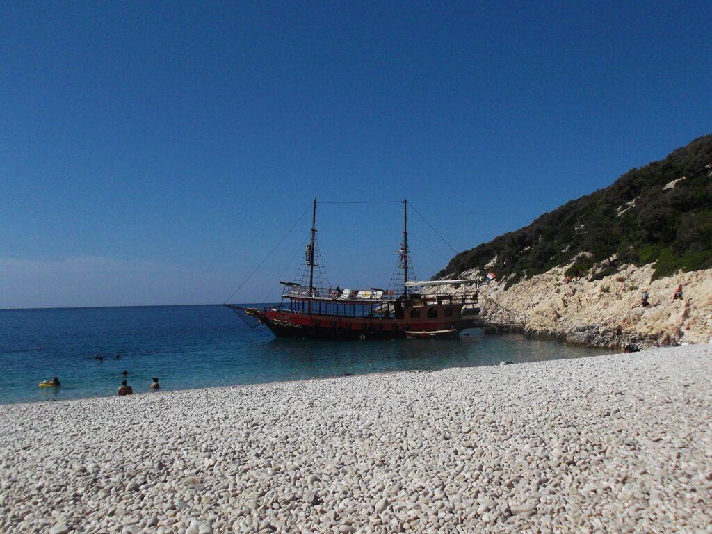bye:myself - Renata Green - byemyselftravels - Cres Istria Croatia