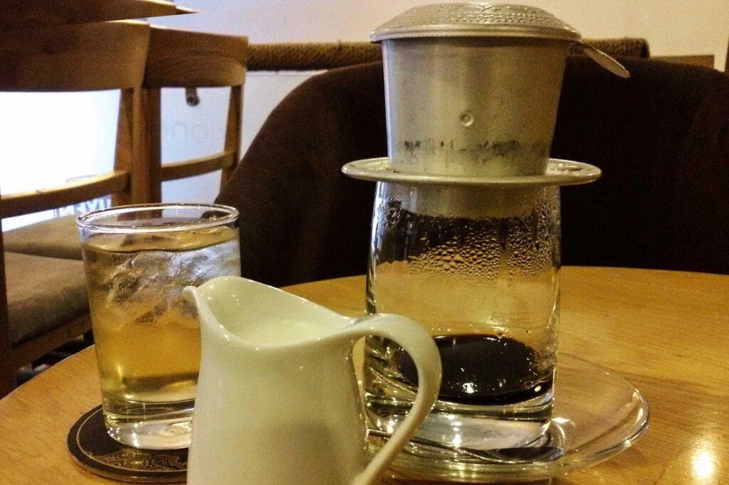 bye:myself - Renata Green - byemyselftravels: Viet Nam - Vietnam - Ho Chi MInh City HCMC - Coffee