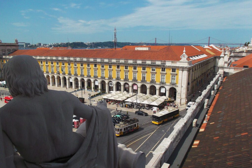 During 24 hours in Lisbon, you certainly won't miss out on the Praca do Comercio