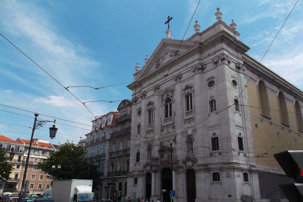 Nossa Senhora da Encarnacao at Lisbon's Largo do Chiado
