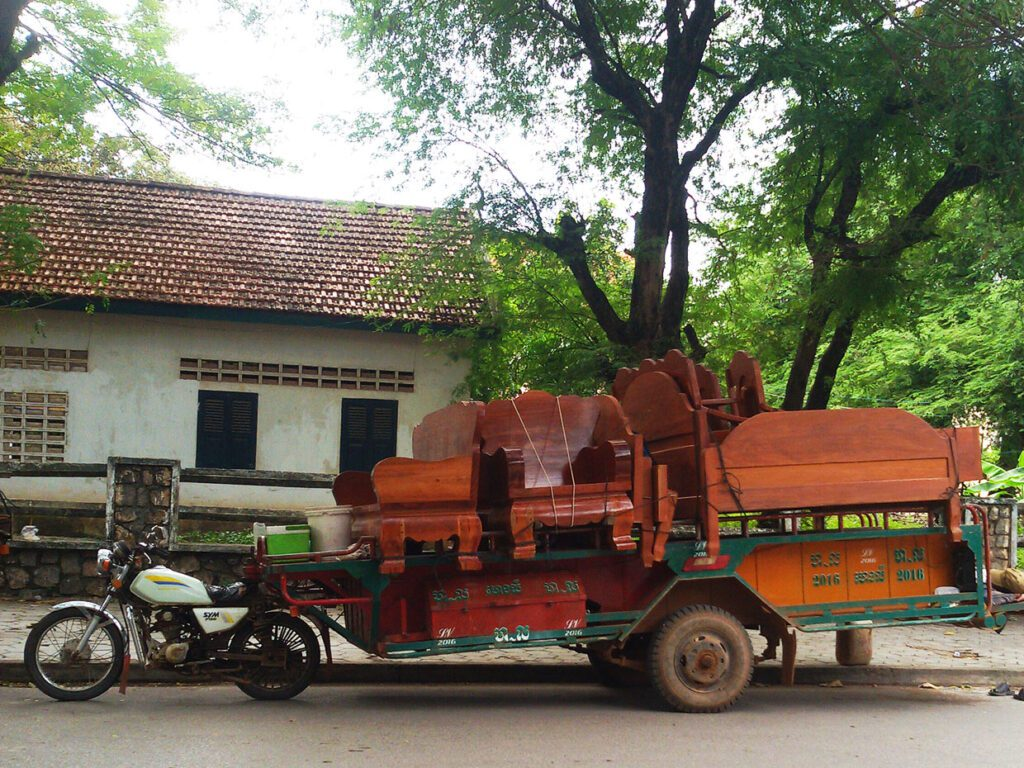 Motor Bike with Furniture in KAMPOT from where to go to Thansur Bokor and back