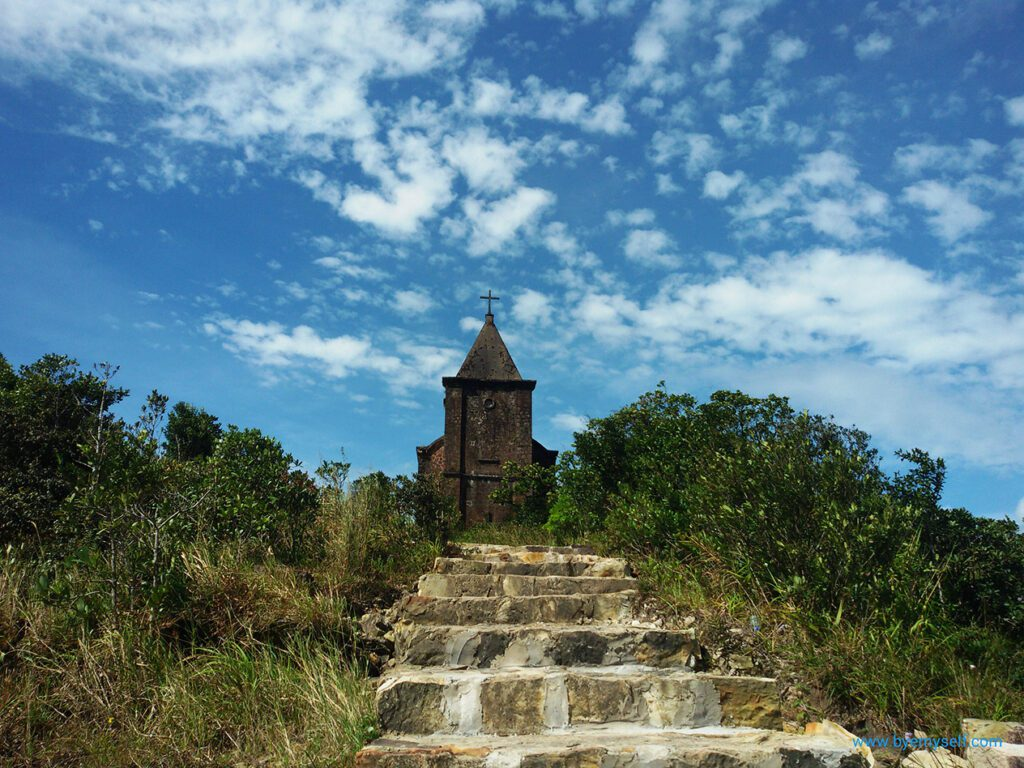 Old Catholic church on Thansur Bokor