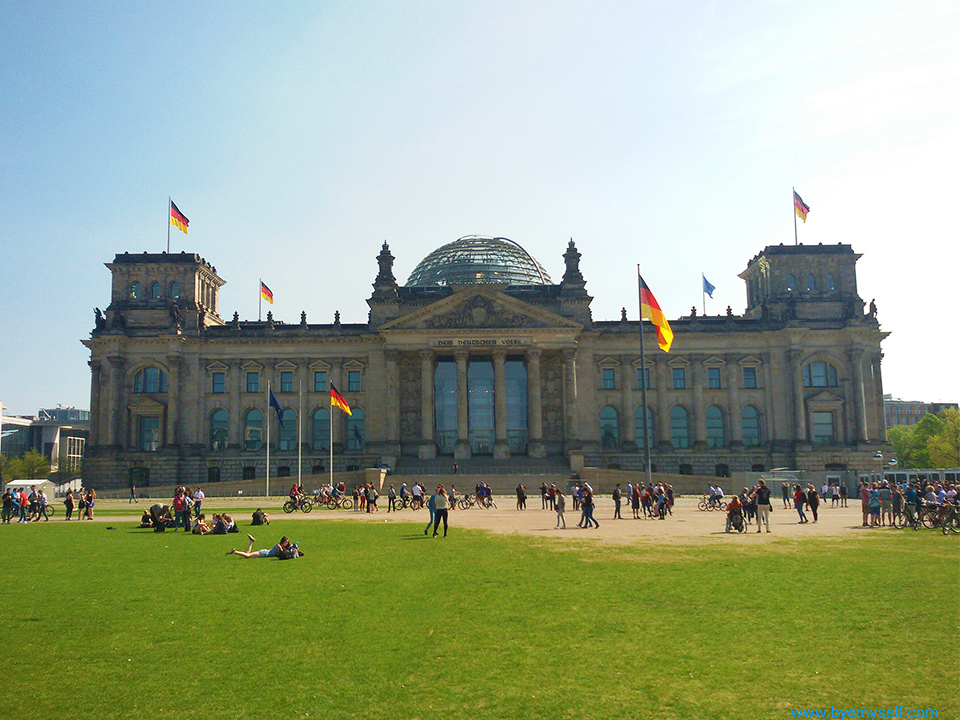 Reichstag in Berlin - not to be missed when on tour by bus 100, introduced in my guide to Berlin