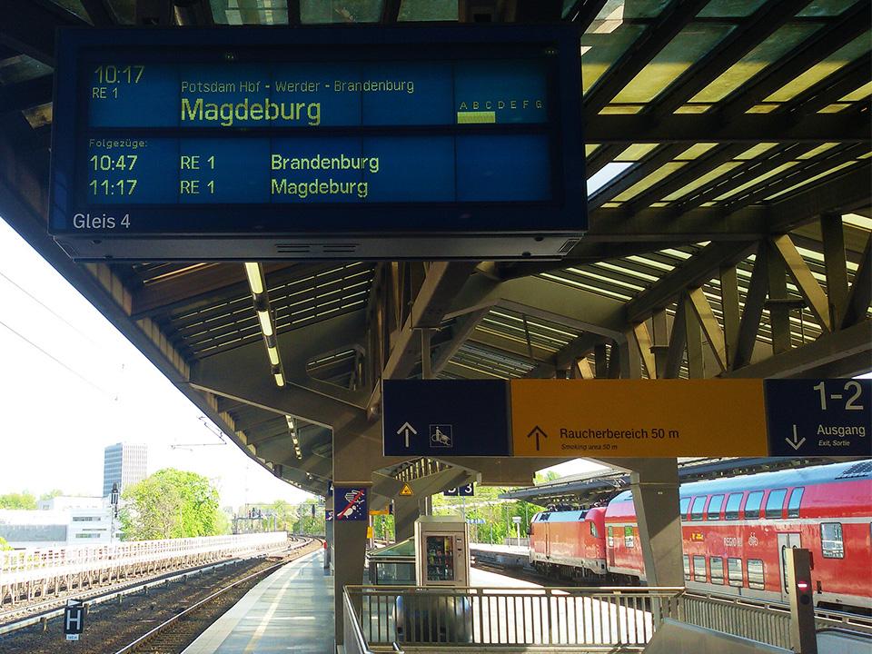 bye:myself - Renata Green - byemyselftravels: Bahnhof Zoo Berlin