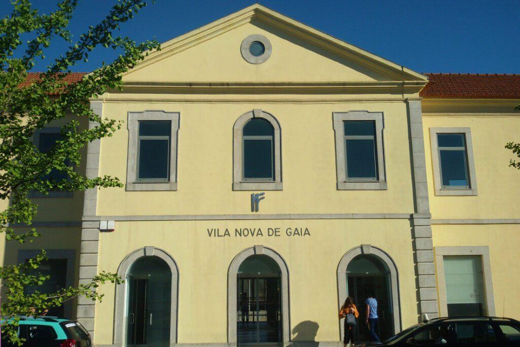 Train Station Porto Gaia