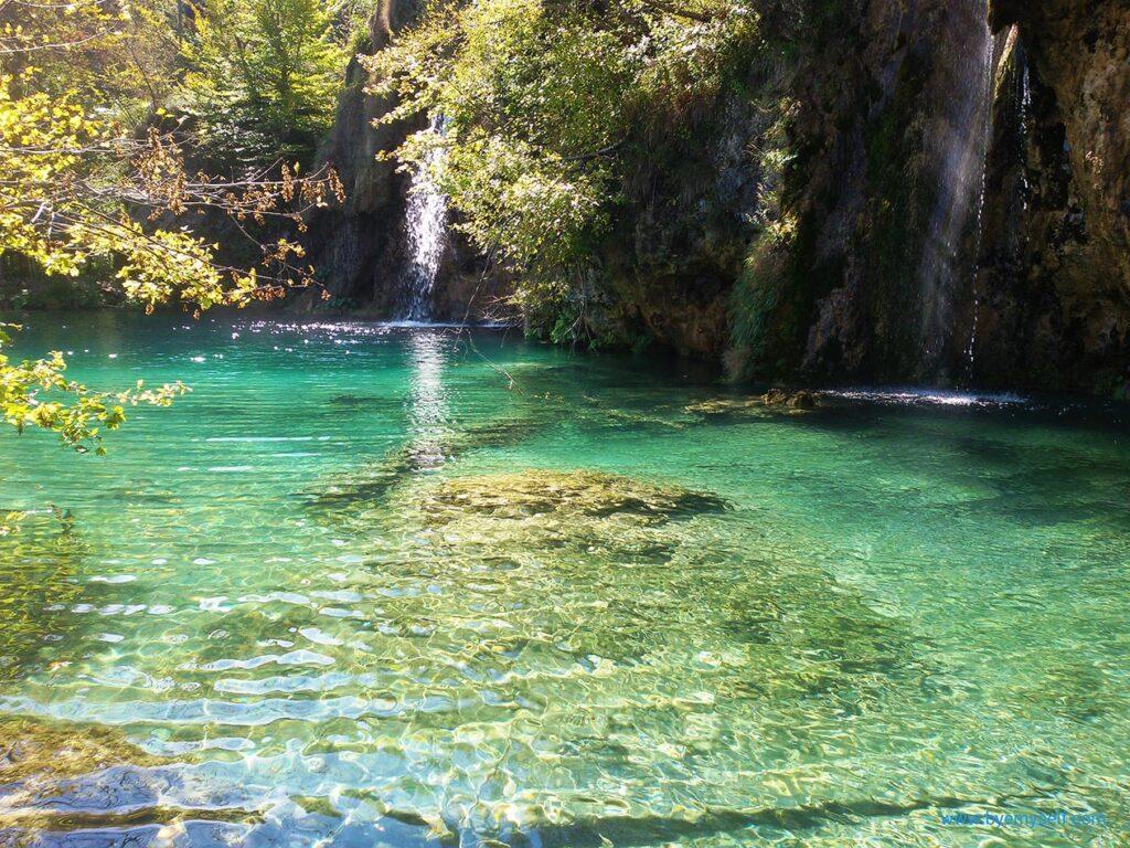 bye:myself - Renata Green - byemyselftravels - Plitvice Nature Park Plitvice Lakes Croatia