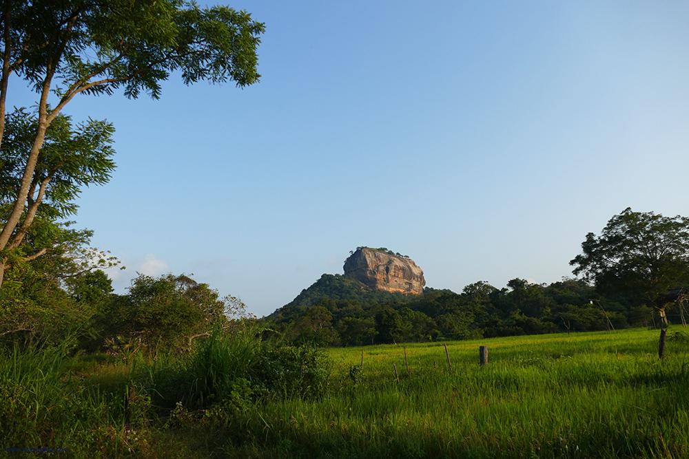 bye:myself - Renata Green - byemyselftravels: Sigiriya Lion Rock Sri Lanka