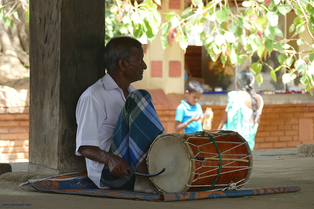 Drummer at the temple in Embekke - Sri Lanka - Asia