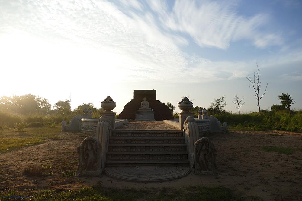 Buddha in Uduwalawe