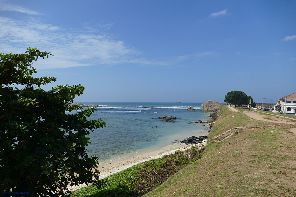 View of the most frequented bastion, the Flagrock in Galle - Guide to the Highlights