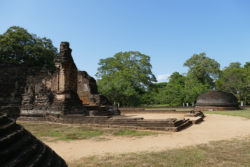 The library complex in the south of Polonnaruwa.