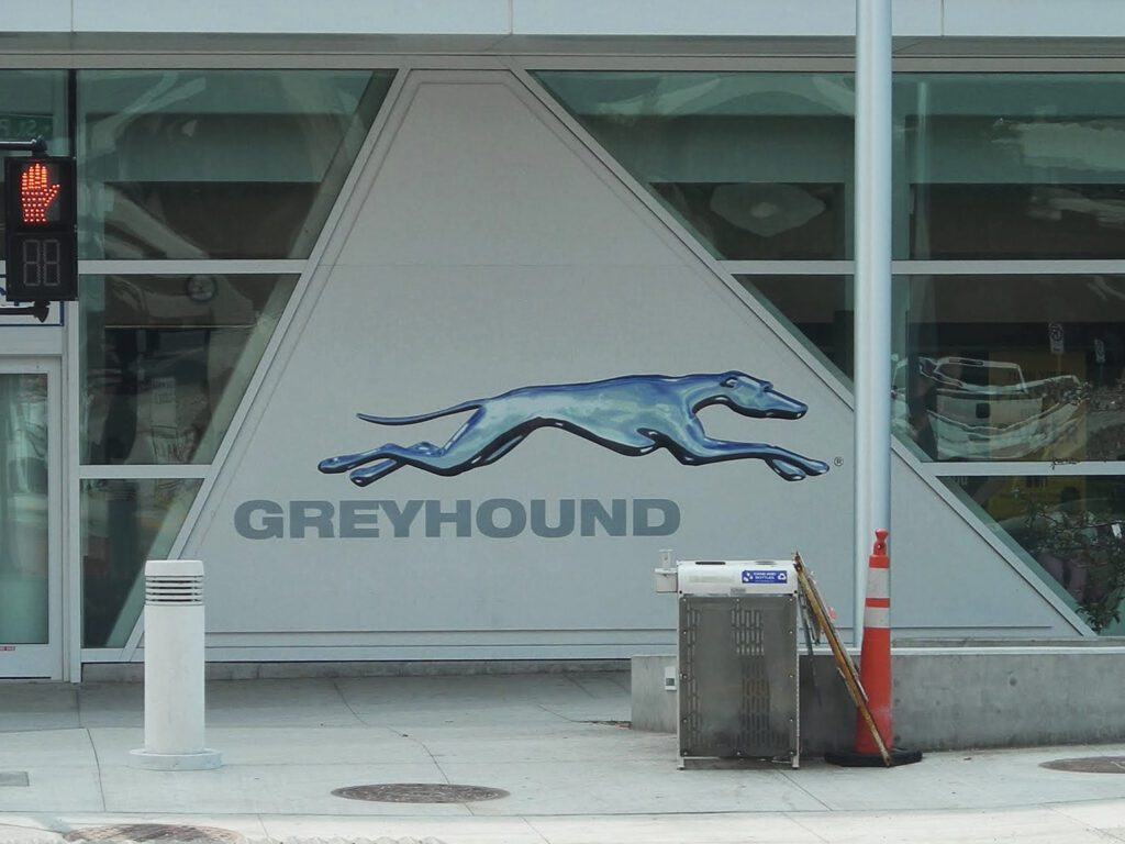 greyhound station in wisconsin