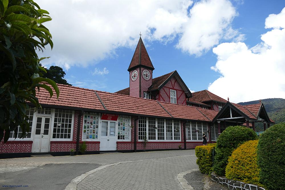 Nureliya's post office building