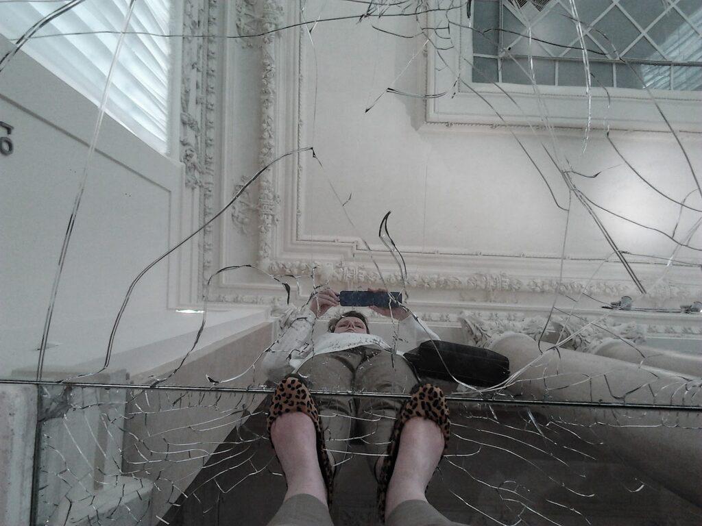 "Sala delle Colonne at the Galleria Nazionale d'Arte Moderna the work ""Passi"" by Alfredo Pirri: a pavement of broken mirrors"
