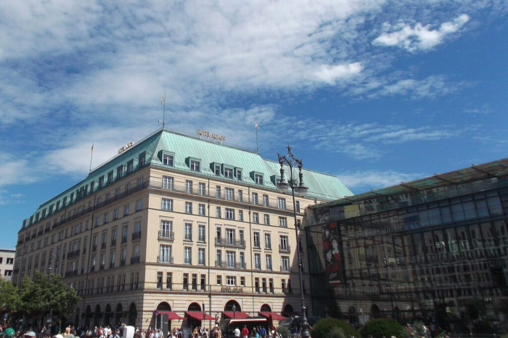 Hotel Adlon Berlin, a great accommodation when on tour by bus 100, introduced in my guide to Berlin